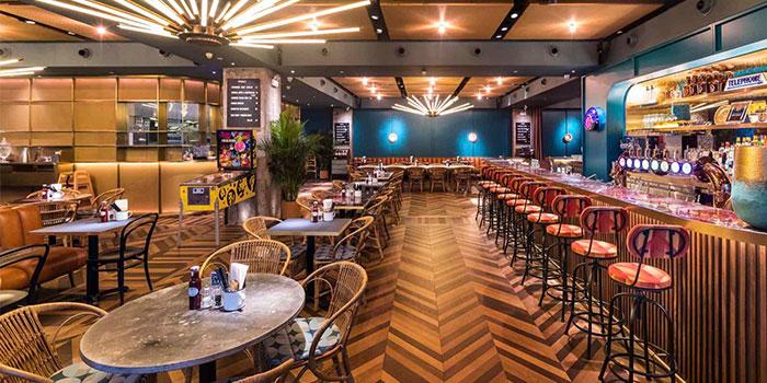 Indoors of Beef & Liberty located on Xiangyang Bei Lu, Xuhui, Shanghai