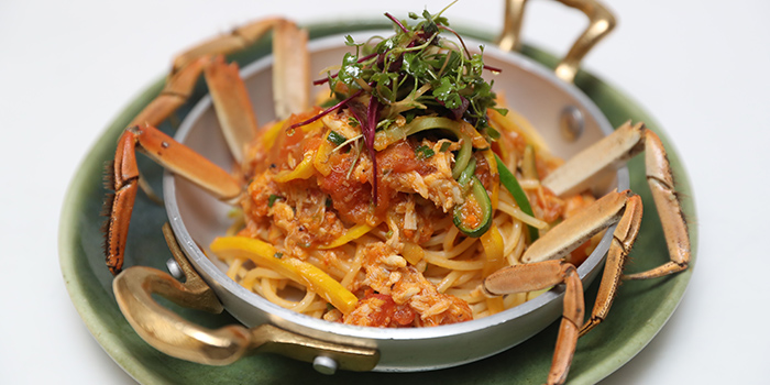 Crab-noodles of The Twins located in Jing