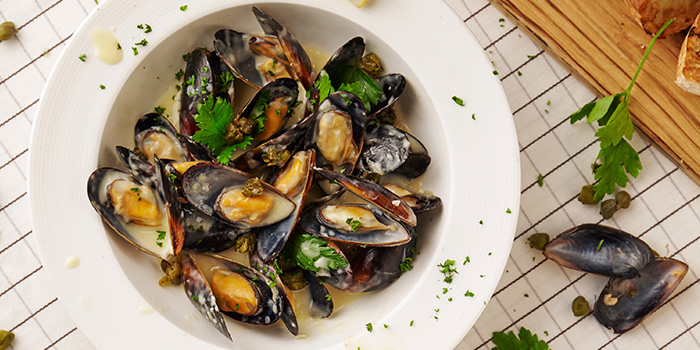 Mussels of Element Fresh (Shanghai World Financial Center) located in Pudong, Shanghai