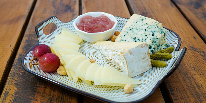 Cheese Platter from Kartel Wine Bar in Jing