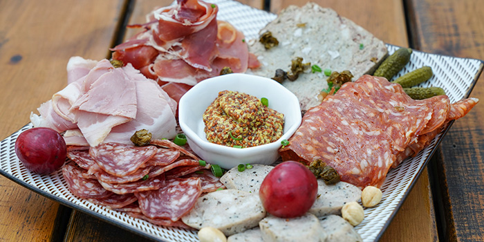 Cold Cuts from Kartel Wine Bar in Jing