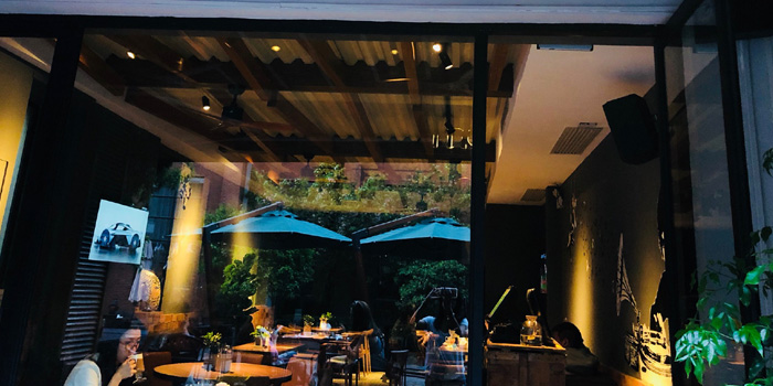 Indoor of Masse Gastro Lounge located in Jing