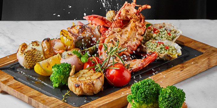 Seafood of The Grill located in Grand Hyatt Pudong, Shanghai