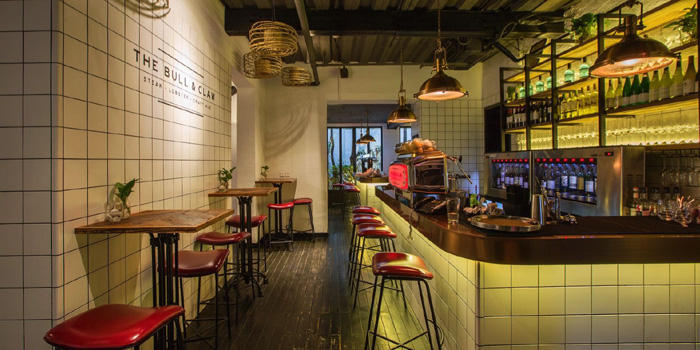 Bar of The Bull and Claw located in Xuhui, Shanghai