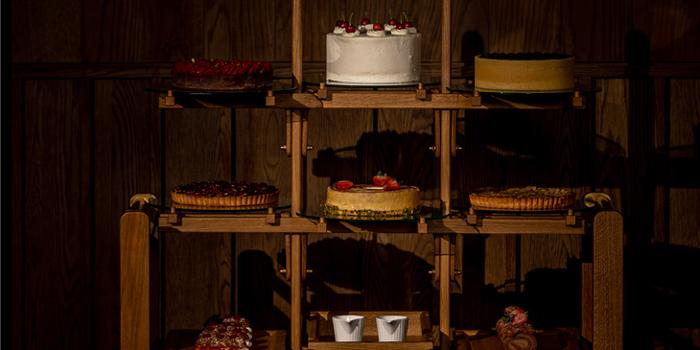 Cake of Shanghai Tavern (The Shanghai EDITION) located in Huangpu, Shanghai