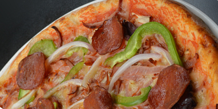 pizza of The Camel (Puxi) located on Yueyang Lu, Xuhui,Shanghai