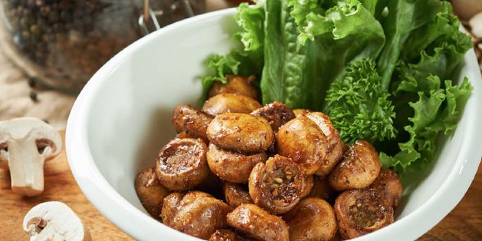 Sauteed Mushroom of Tock's (Nanjing Xi Lu) located in Jing