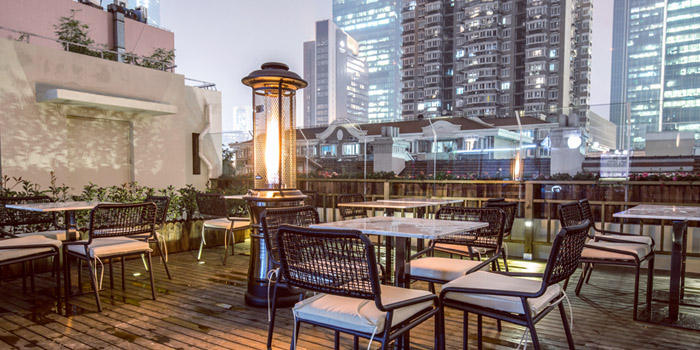 Terrace of Dream Brewers Bar & Restaurant located in Jing