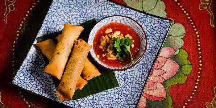 Spring Roll of Lychee located on Fuxing Xi Lu, Xuhui, Shanghai