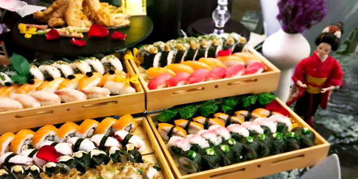 Sushi of VENU Restaurant (Pullman Shanghai Jing An) located in Jing