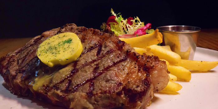 Steak of Chill out! located in Jing