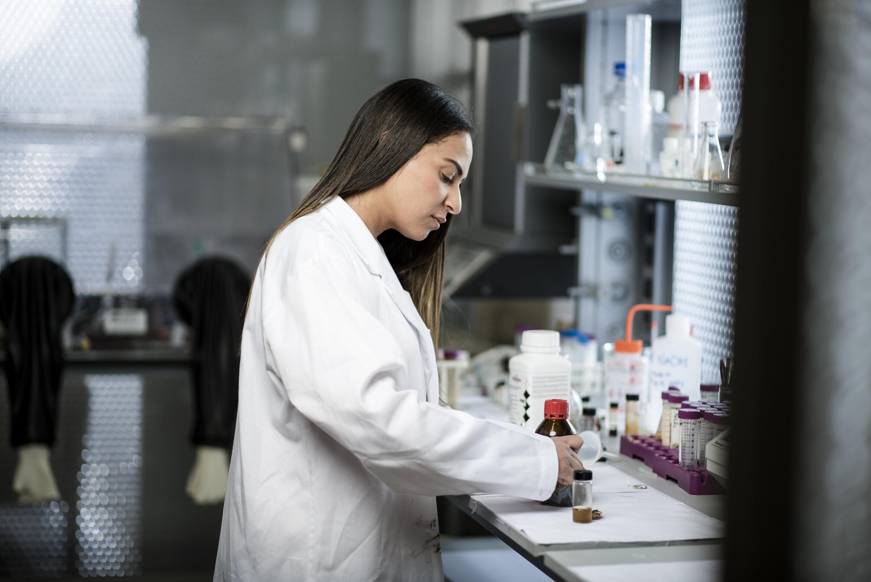 YUAD研究科学家Farah Benyettou。.jpg