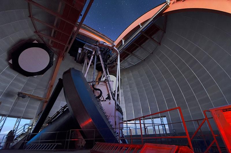 Víctor M. Blanco 望远镜.jpg
