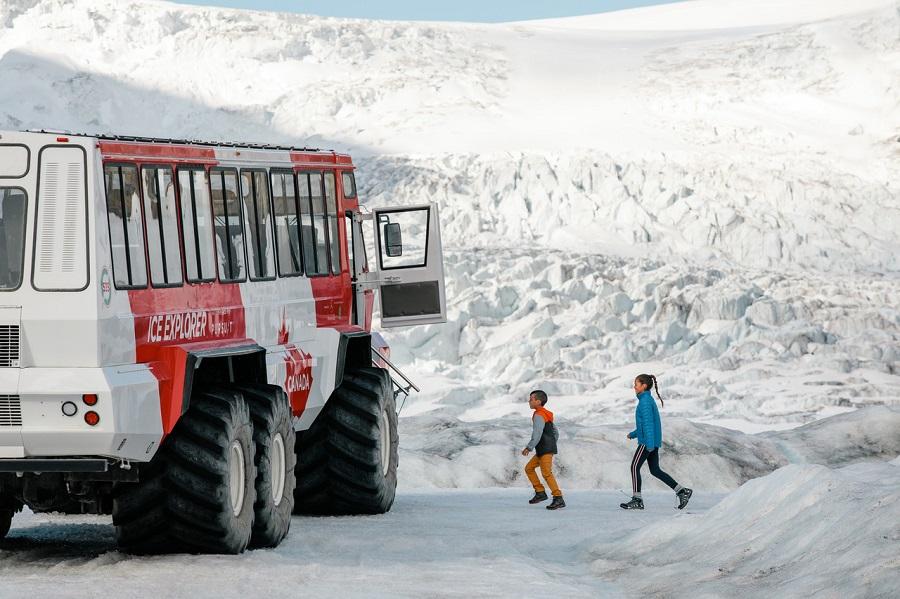 [Columbia Icefield] Ice Explore Tour